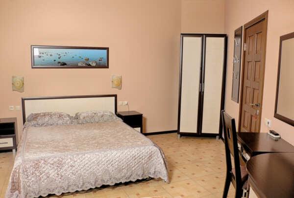 Отель Атлантик в Лоо (Сочи)