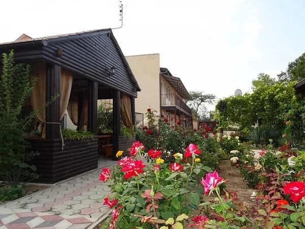 Мини-гостиница Феникс в Заозерном (Евпатория)